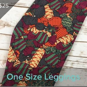 3/$20 new LuLaRoe OS leggings - CANDY 🍬
